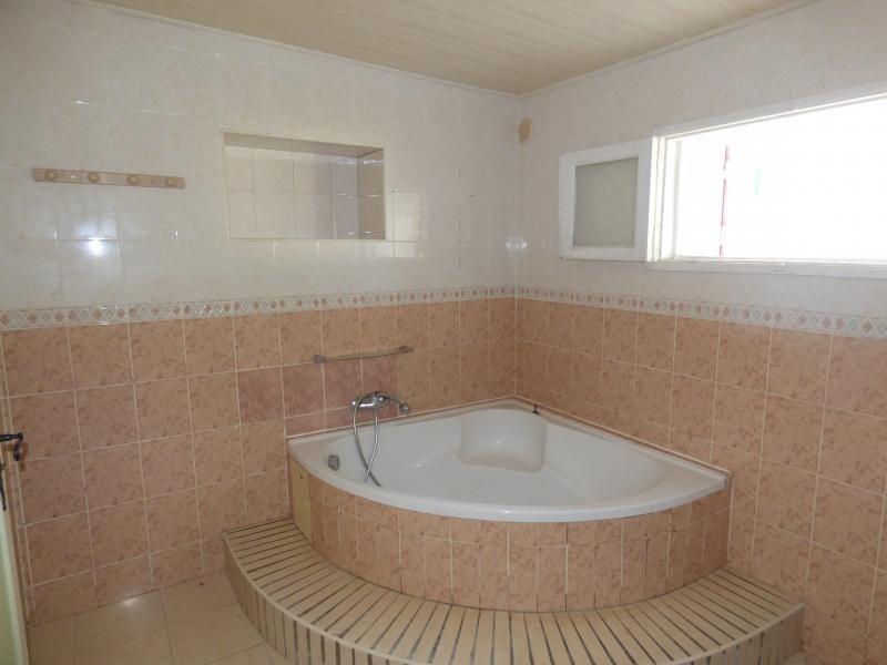 Rental house / villa La riviere 1600€ CC - Picture 8
