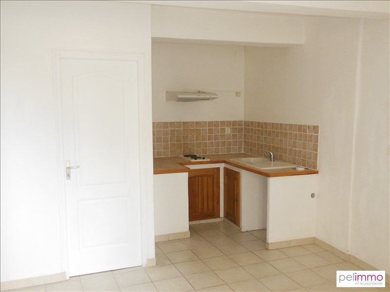 Location appartement Eyguieres 397€ CC - Photo 1