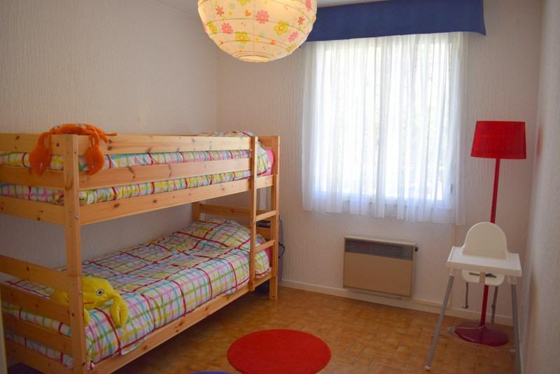 Revenda casa Bagnols-en-forêt 377000€ - Fotografia 21