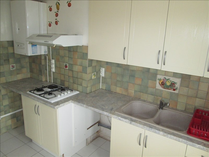 Sale apartment Balaruc les bains 193000€ - Picture 3