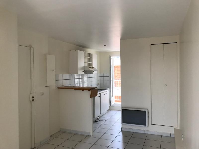 Rental apartment Paris 13ème 650€ CC - Picture 1