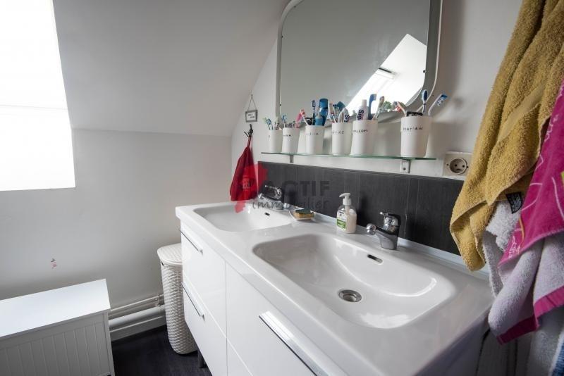 Sale house / villa Courcouronnes 209000€ - Picture 3