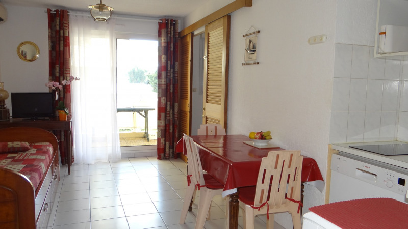 Vacation rental apartment Cavalaire 450€ - Picture 1