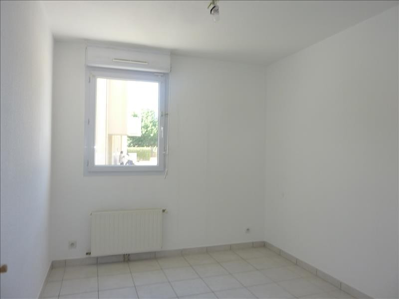 Location appartement Marseille 8ème 1 140€ CC - Photo 6