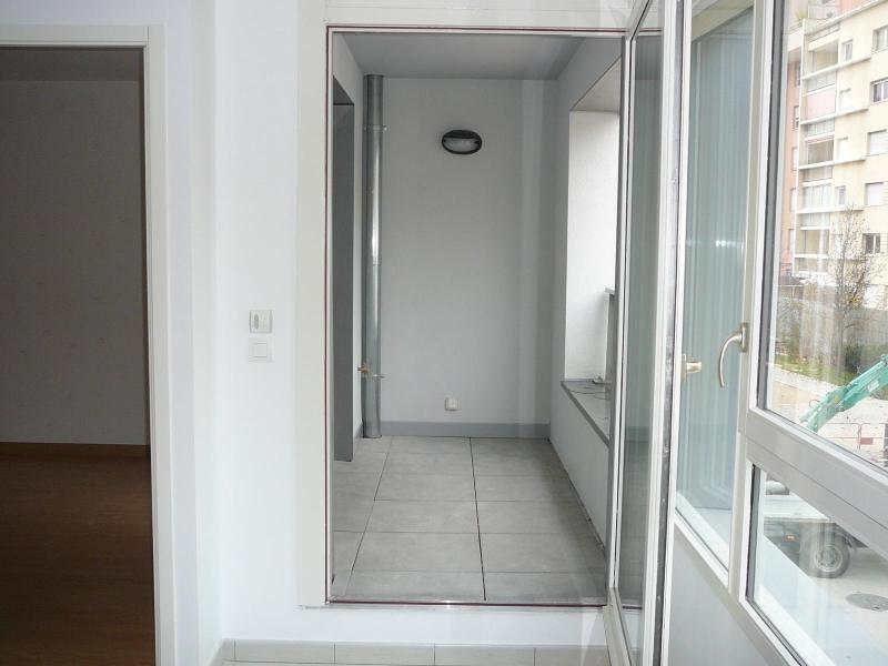 Location appartement Grenoble 658€ CC - Photo 3