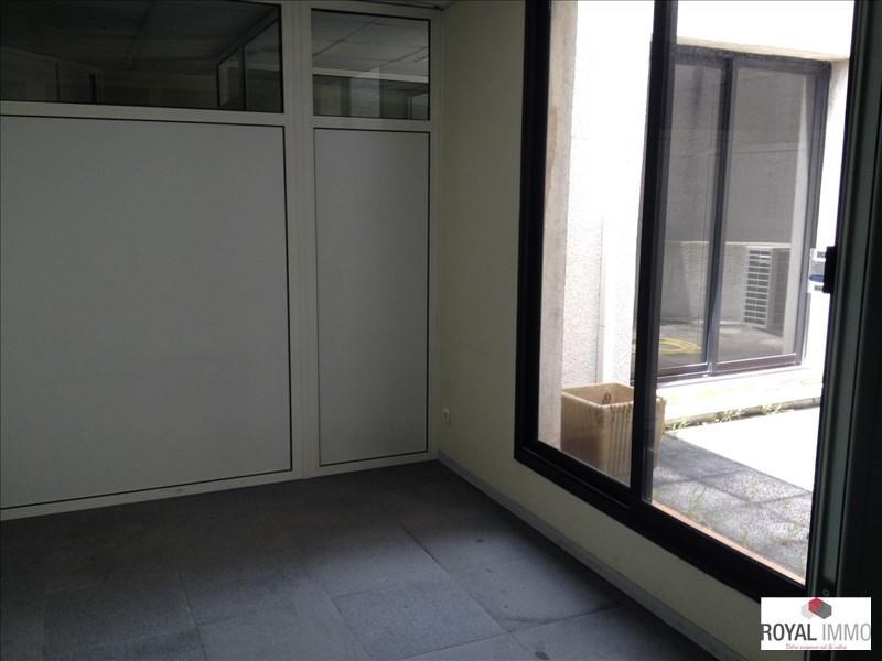 Rental office Toulon 833€ +CH/ HT - Picture 2