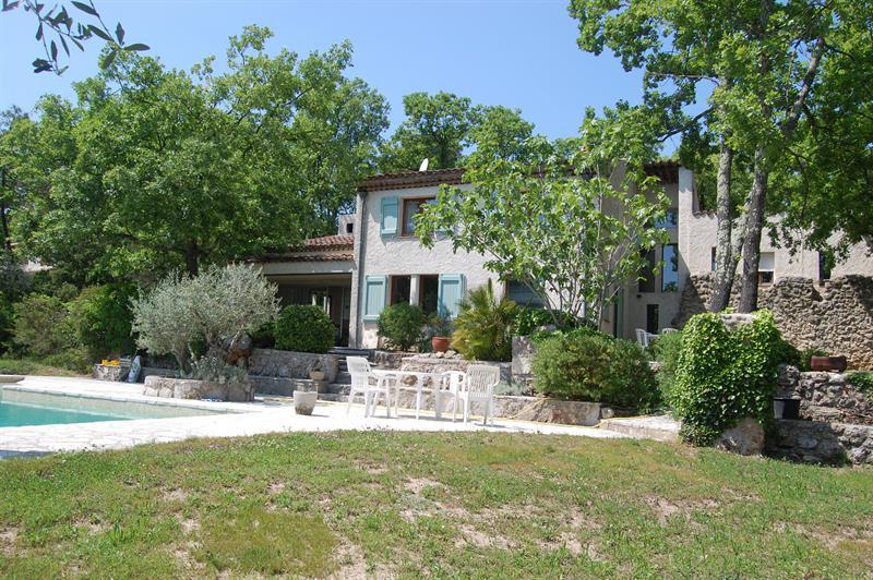 Vente de prestige maison / villa Saint-paul-en-forêt 749000€ - Photo 2