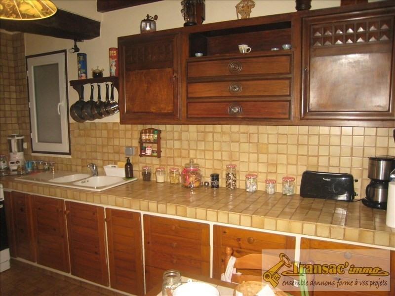 Sale house / villa Puy guillaume 108070€ - Picture 3