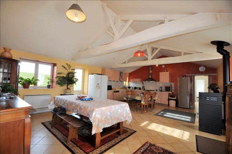 Sale house / villa Chemere 284900€ - Picture 5