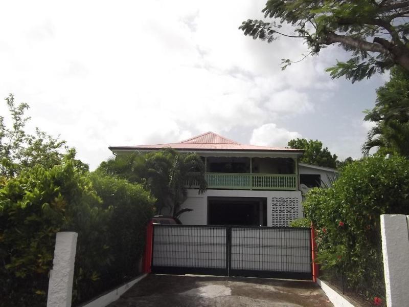 Investment property house / villa Rivière salée 475475€ - Picture 9