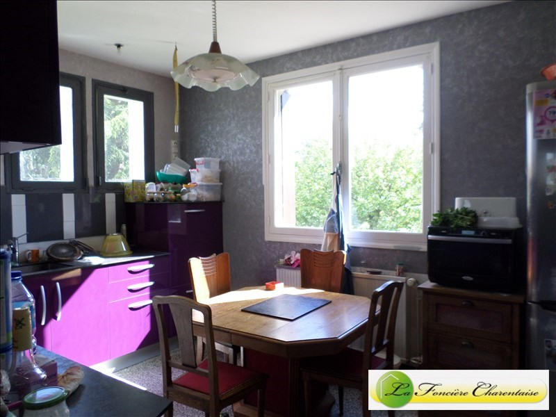 Sale house / villa La couronne 160 500€ - Picture 3