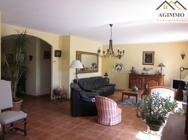Sale house / villa L isle jourdain 390000€ - Picture 5