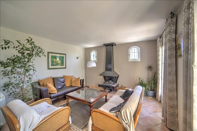 Vente de prestige maison / villa Mimet 649000€ - Photo 4