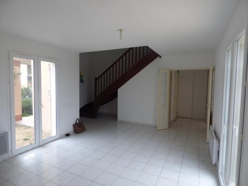 Sale house / villa L isle jourdain 174000€ - Picture 4