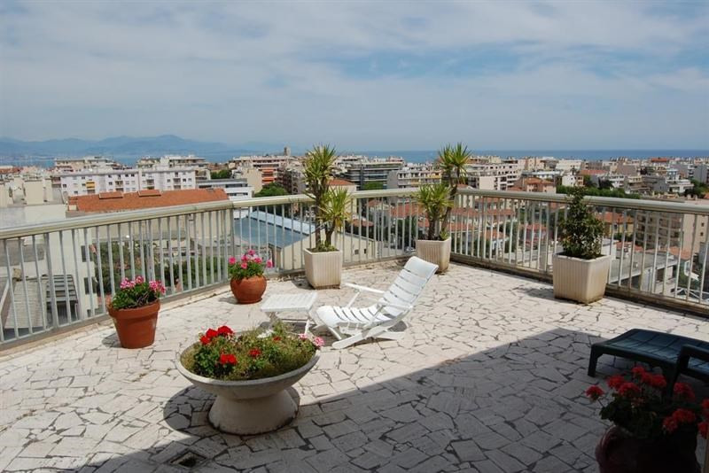 Sale apartment Antibes 990 000€ - Picture 1