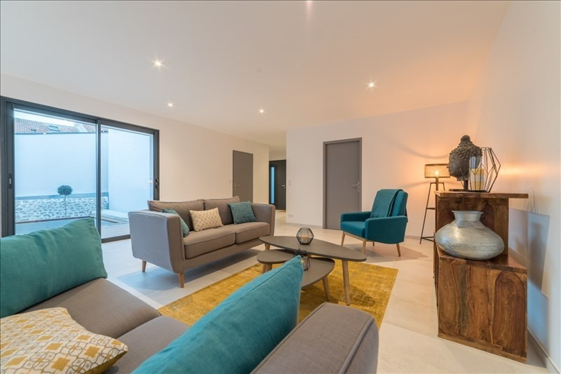 Deluxe sale house / villa La rochelle 717000€ - Picture 2