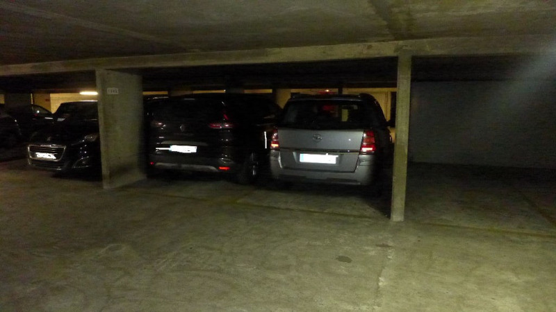 Sale parking spaces Paris 15ème 26 400€ - Picture 3