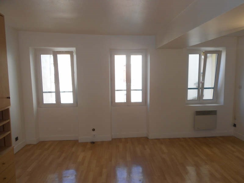 Location appartement St germain en laye 721€ CC - Photo 1