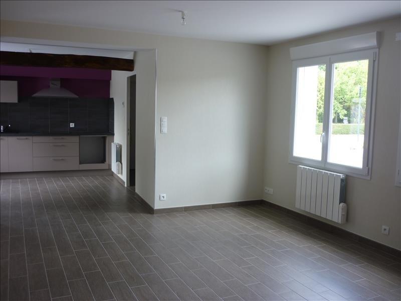 Location maison / villa Boistrudan 650€ CC - Photo 1