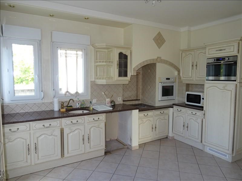 Sale house / villa Troyes 320000€ - Picture 2