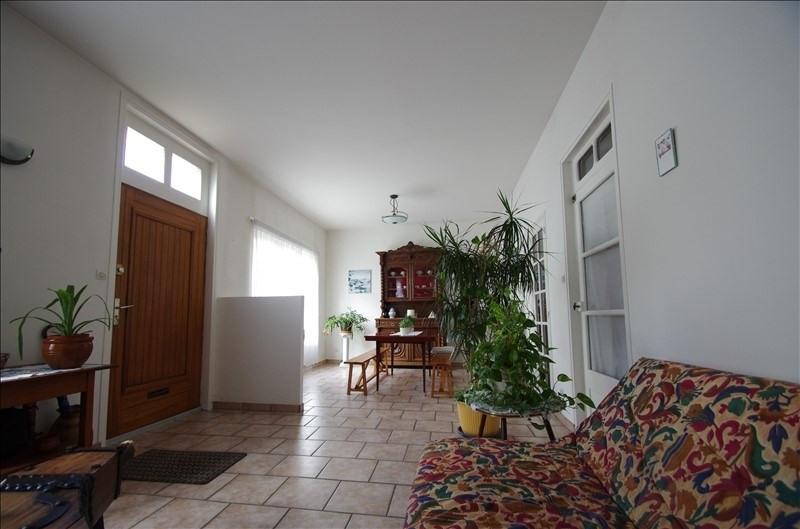 Sale house / villa Surgeres 258000€ - Picture 6