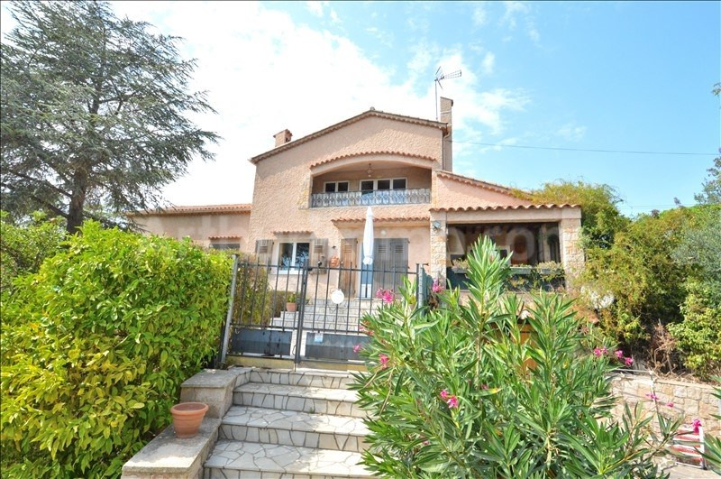 Deluxe sale house / villa St aygulf 840000€ - Picture 1