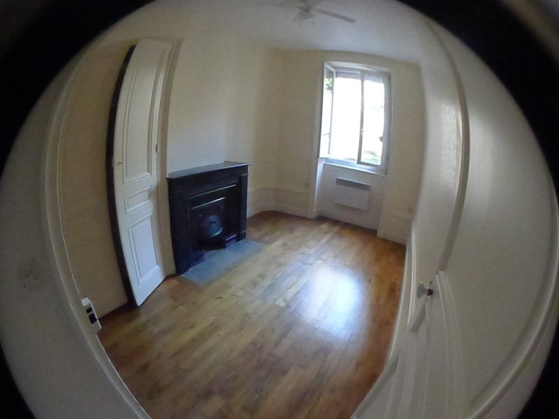 Location appartement Oullins 431€ CC - Photo 1