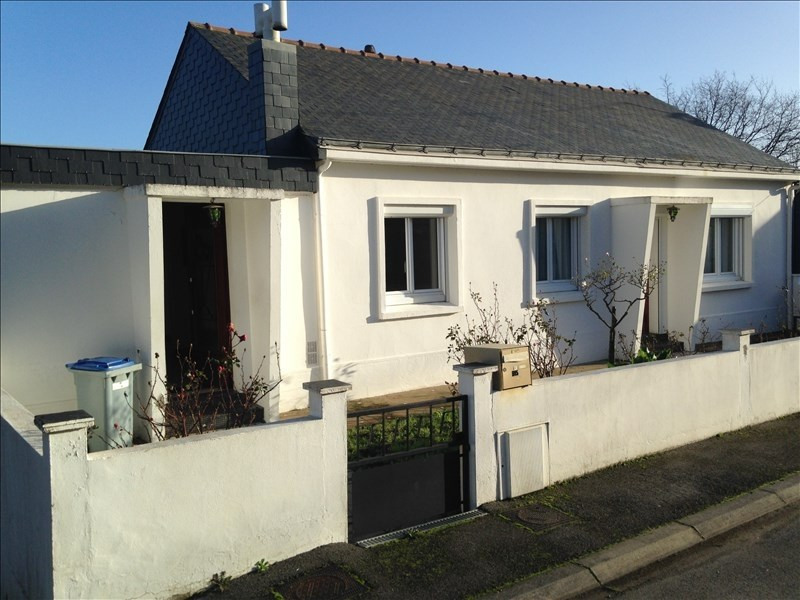 Sale house / villa Indre 229 500€ - Picture 1