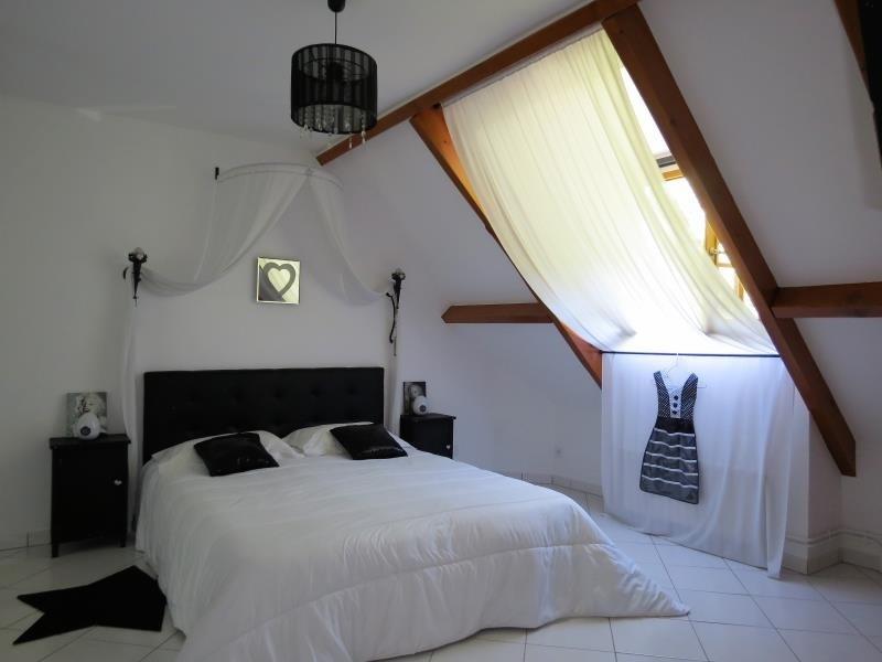 Vente maison / villa Taverny 574750€ - Photo 8