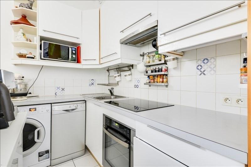 Sale apartment Courbevoie 335000€ - Picture 4