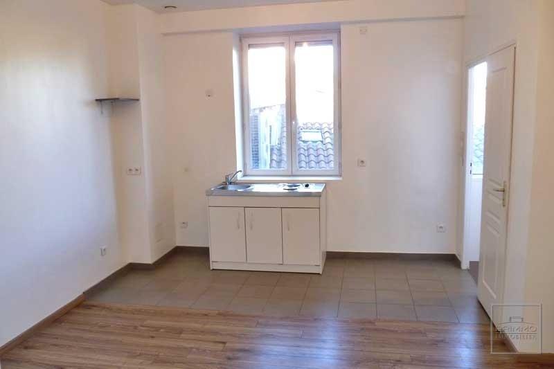 Rental apartment Tassin la demi lune 430€ CC - Picture 1