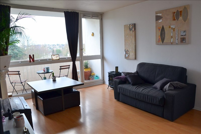 Sale apartment Osny 154 000€ - Picture 1