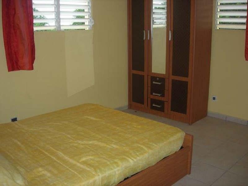 Rental apartment Ste anne 580€ +CH - Picture 4