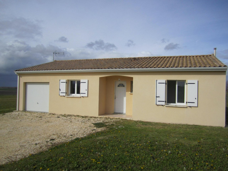 Sale house / villa Barbezieux-saint-hilaire 130 000€ - Picture 1