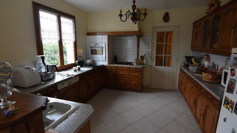 Sale house / villa Beaumont sur oise 435000€ - Picture 3