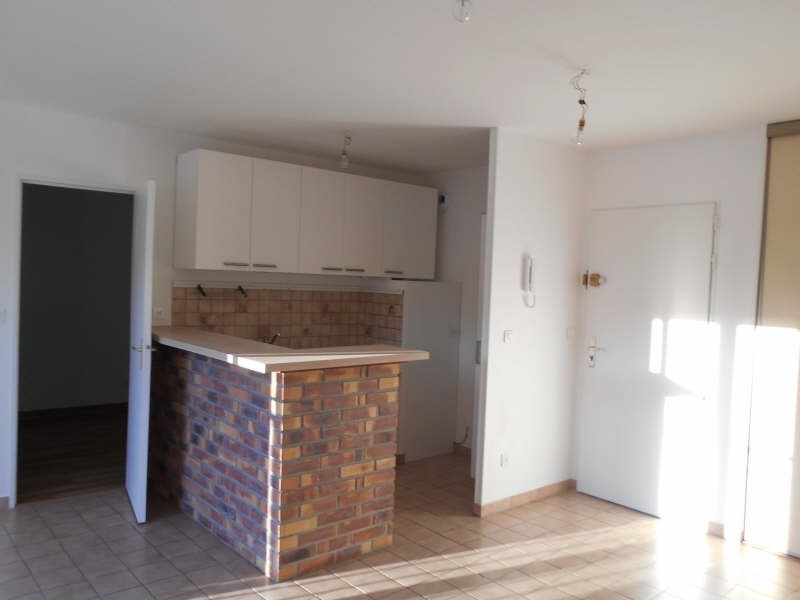 Rental apartment Triel sur seine 700€ CC - Picture 2