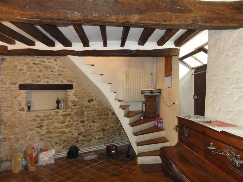 Sale house / villa Montfort l amaury 330000€ - Picture 1