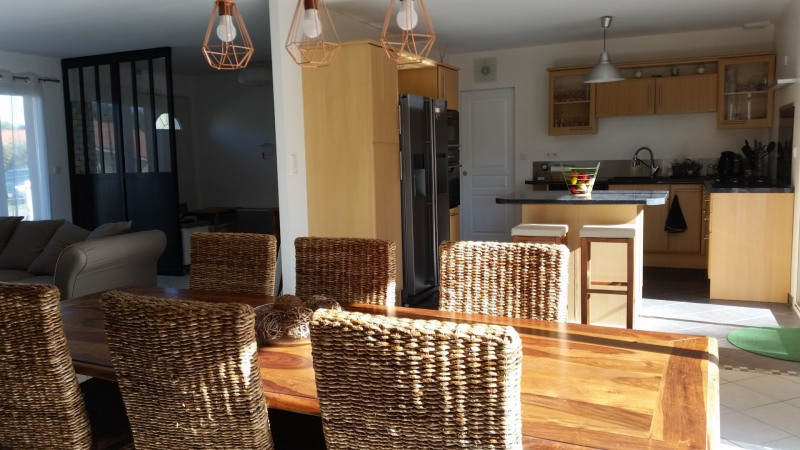Vacation rental house / villa Bias 1 230€ - Picture 6