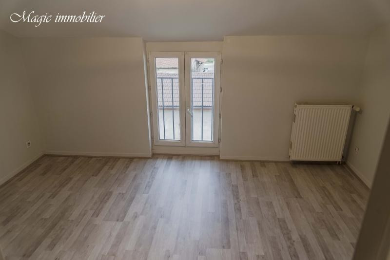 Rental apartment Oyonnax 382€ CC - Picture 8