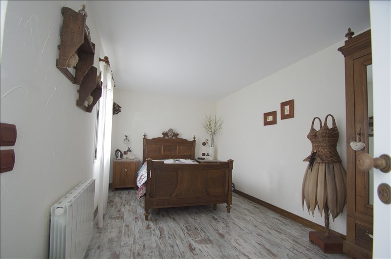 Sale house / villa Rochefort 251000€ - Picture 7