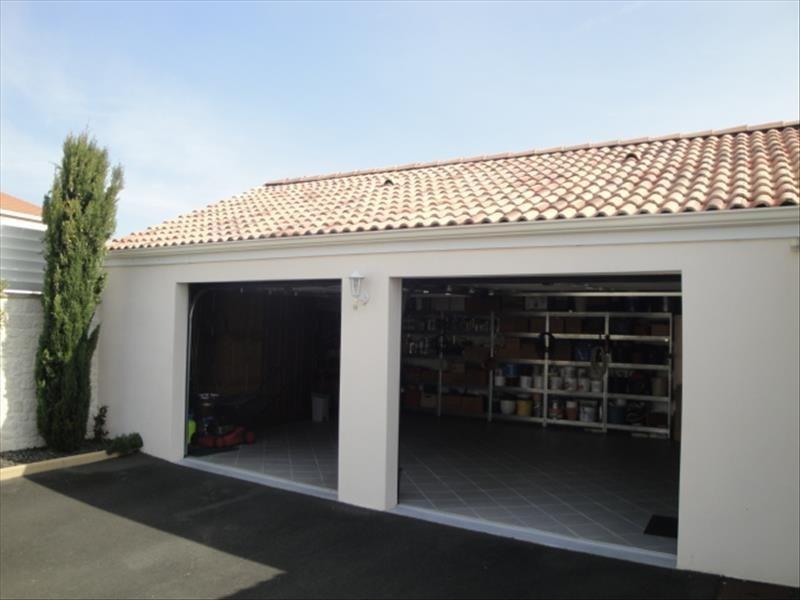 Vente maison / villa La creche centre 326000€ - Photo 7