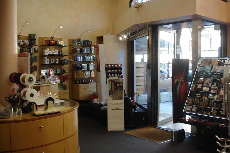 Vente fonds de commerce boutique Bagneres de luchon 135000€ - Photo 3