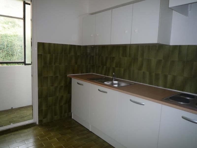 Rental apartment Aix en provence 808€ CC - Picture 2