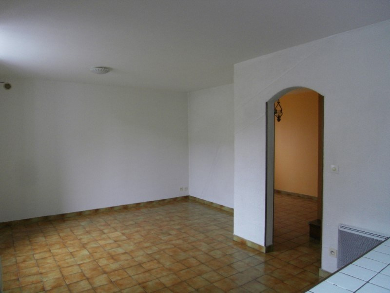 Rental apartment Cognac 508€ CC - Picture 3