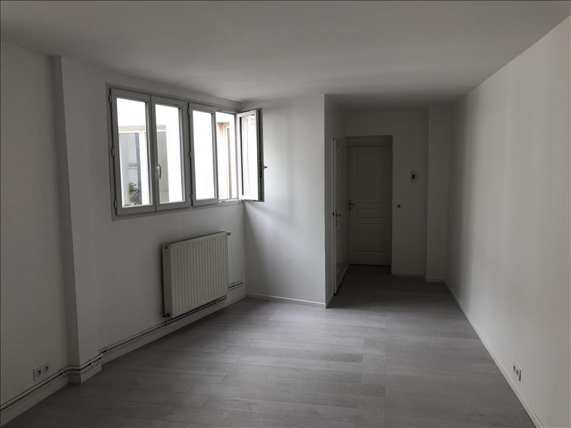 Vente loft/atelier/surface Paris 18ème 665400€ - Photo 8
