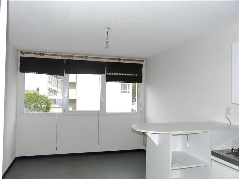 Sale apartment Pau 54000€ - Picture 1