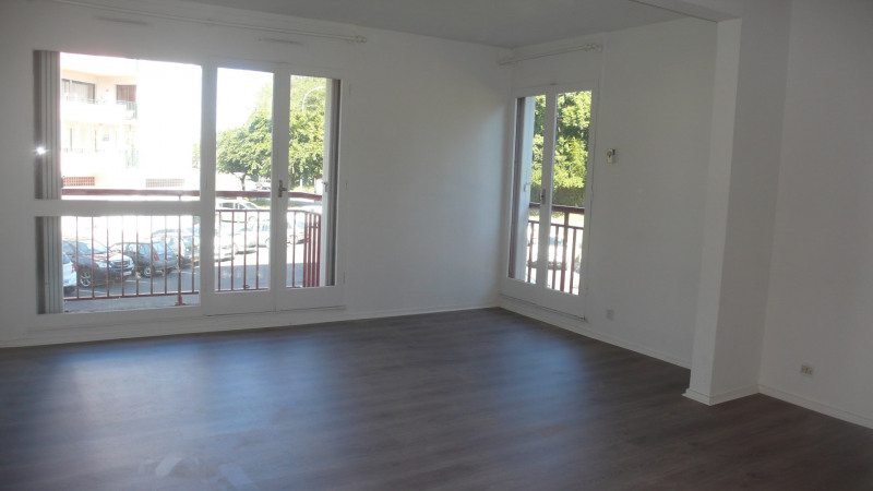 Rental apartment Saint jean de luz 463€ CC - Picture 1
