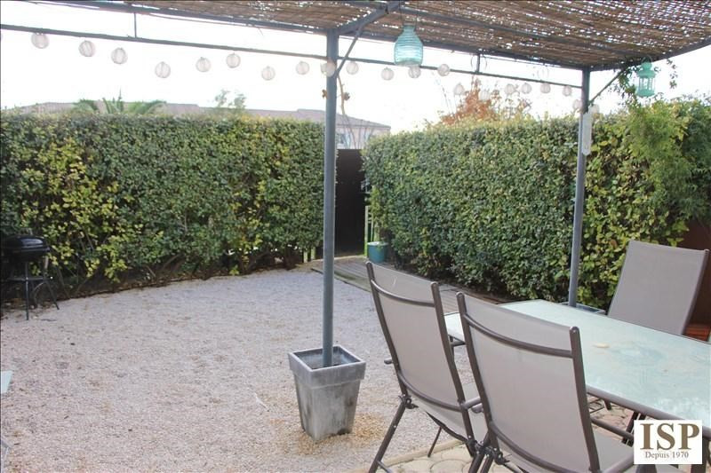 Sale house / villa Velaux 281000€ - Picture 2