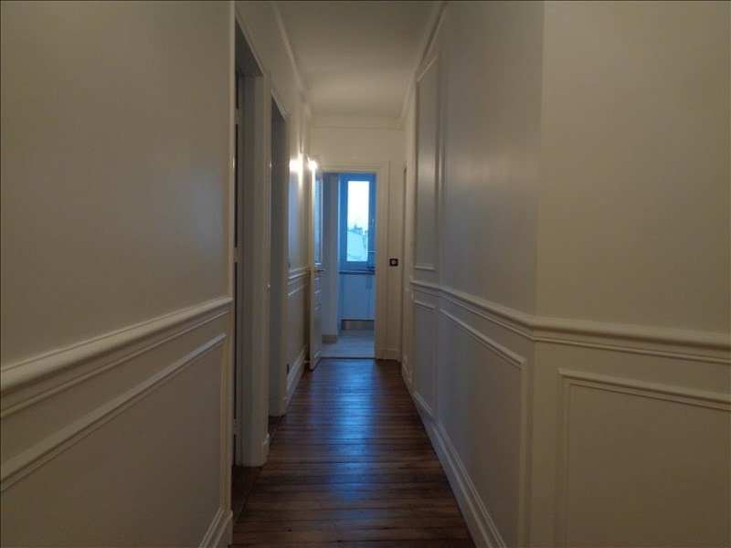 Rental apartment Courbevoie 1514€ CC - Picture 3