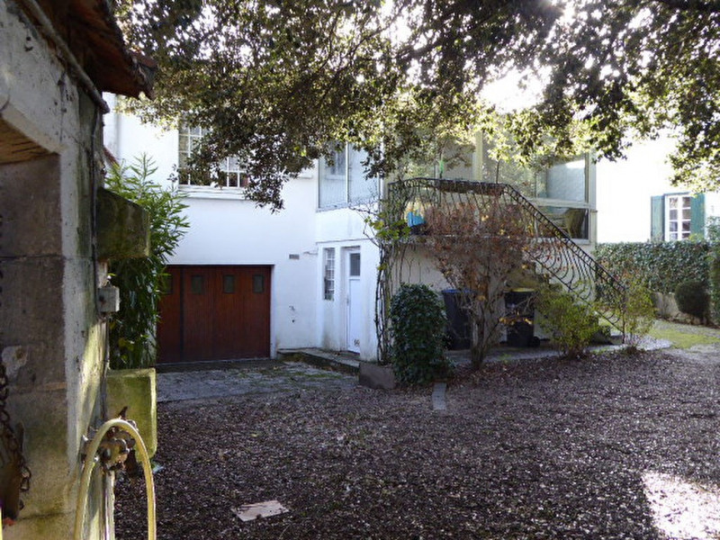 Sale house / villa La rochelle 388000€ - Picture 1